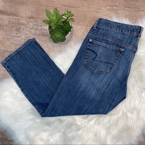 American Eagle Boyfriend Jeans ll Size 6